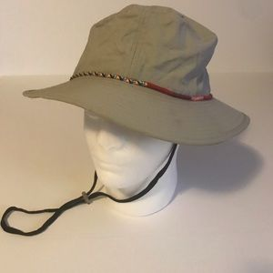 Croft & Barrow hat with chin strap.